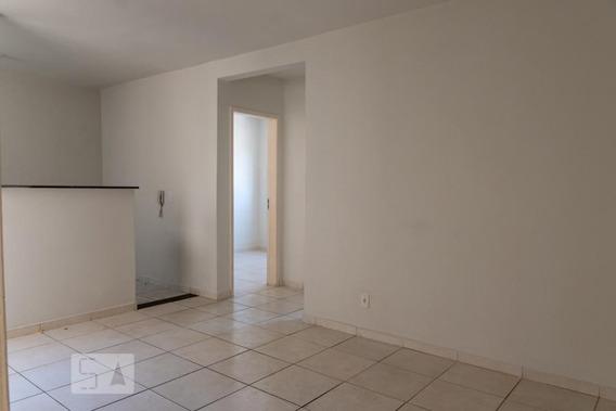Apartamento No 4º Andar Com 2 Dormitórios E 1 Garagem - Id: 892947498 - 247498