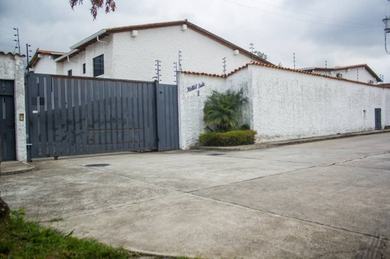 Se Vende Excelente Casa Urbanización Habitat Suite Ii