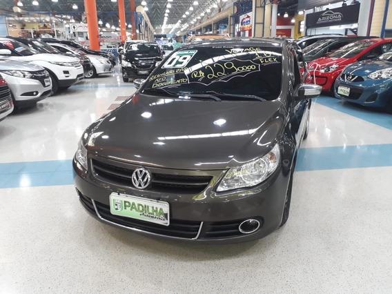 Volkswagen Voyage 1.6 Vht Total Flex 4p Sedã