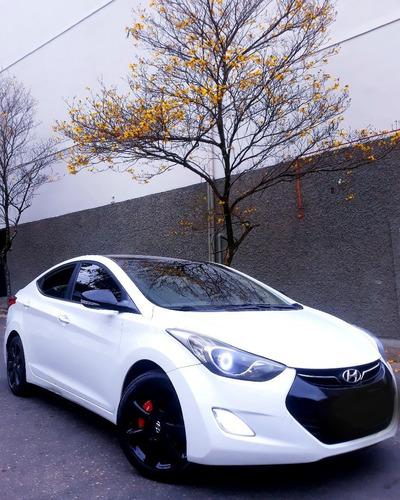 Imagem 1 de 11 de Hyundai Elantra 2013 1.8 16v Gls Aut. 4p