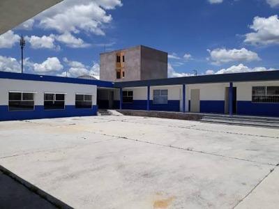 Vrt/ Escuela En Venta