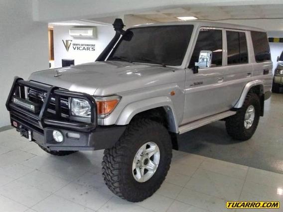 Toyota Macho Chasis Largo