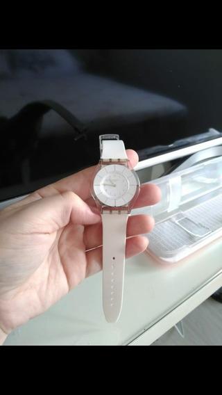 Relógio Swatch White Classiness - Sfk360