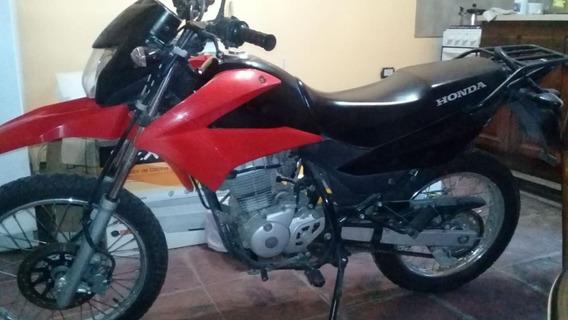 Se Vende Motocicleta En Muy Buen Estado