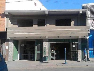 Amplia Casa Con Locales Comerciales Barquisimeto