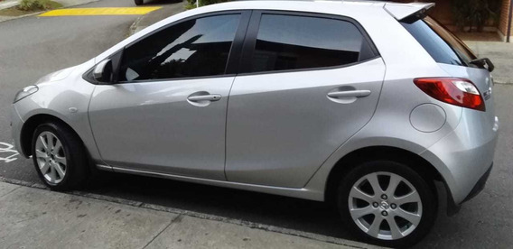 Mazda 2 Modelo 2012 Poco Kilometraje Como Nuevo