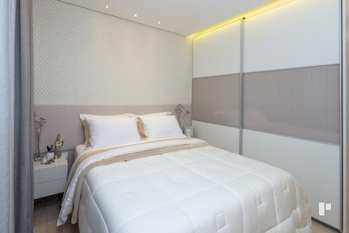 Apartamento Com 4 Quartos Para Comprar No Centro Em Balneário Camboriú/sc - 1597