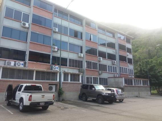 Ref # 047 Apartamento De 3 Dormitorios, 1 Baño