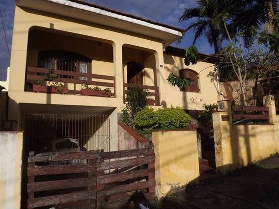 Casa Residencial Em Bairro Com Ótima Localização - Ca0449