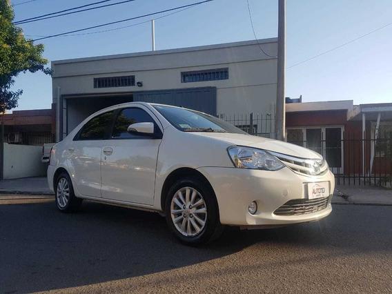 Toyota Etios Xls 1.5 Manual 2015 89000 Km Blanco 4 Ptas Gnc