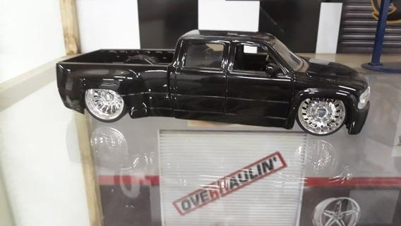 Miniatura Chevy Silverado 1999 Jada Toys 1/24