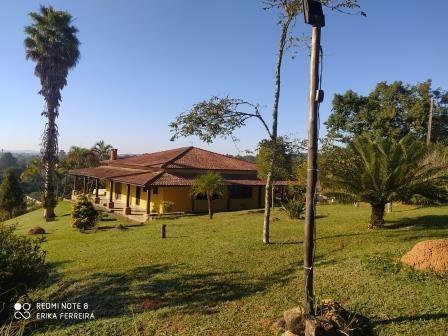 Sítio Com 15.000,00m² Com 03 Casas Em Ibiúna - Sp!