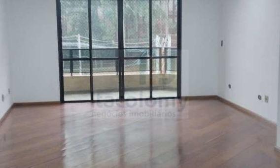 Ref: 3776 Apartamento No De Ville No Centro De Alphaville - 3776