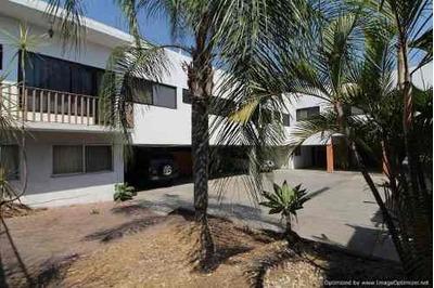 (crm-1404-2748) Sobre Avenida Principal Se Renta Edificio Comercial Clave Er725