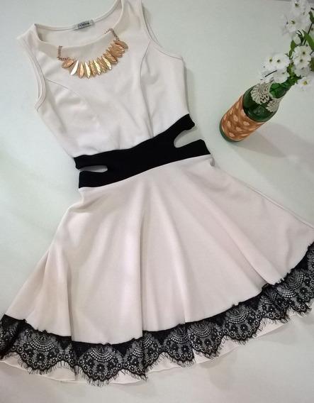 Vestido Com Abertura Lateral