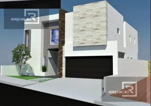 Casa - Fraccionamiento Cantera Del Pedregal
