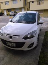 Mazda Mazda 2 Año 2011