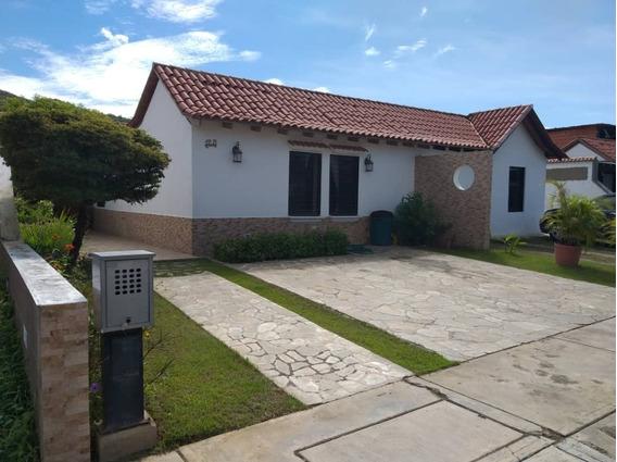 Casa En Villa De Alcalá San Diego