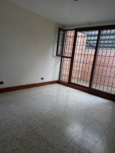 Imagen 1 de 11 de Casa De Un Nivel En Renta En Valle De Vista Hermosa Zona 15