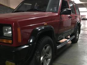 Jeep Cherokee 2.5 Sport