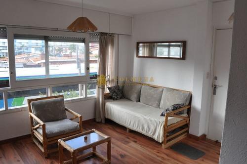 Apartamento En La Mansa - Consulte!!!!!!- Ref: 4260