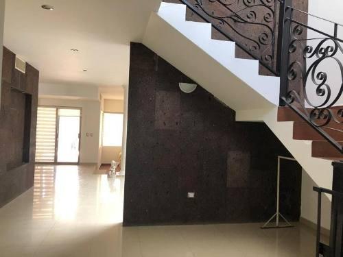 Casa En Venta En Fracc. Real Del Nogalar, Torreón