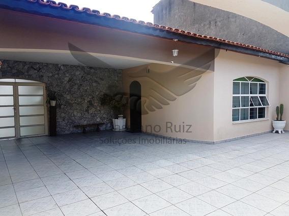Sobrado No Jardim Leocádia - 03 Dormitórios - 01 Suíte - Cozinha - Sala 2 Ambientes - Piscina - Churrasqueira - 04 Vagas - Ca00103 - 33680820