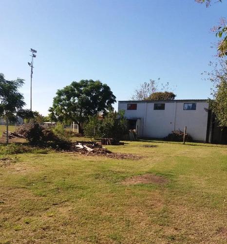 Casa A La Venta En Colonia Valdense 1.495 M2 (ex Fábrica)