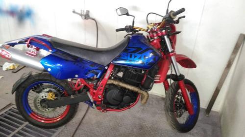 Imagen 1 de 6 de Moto Suzuki Dr650