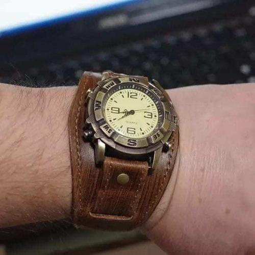 Imagen 1 de 9 de Reloj Con Correa De Cuero Quartz
