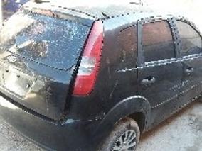 Ford Fiesta 1.0 Ano 2004 Pra Retirada De Pecas 1139727006