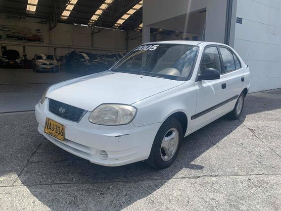 Hyundai Accent Mt Básico S/a Mod 2.005