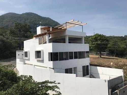 Casa Sola En Venta Mactumatza