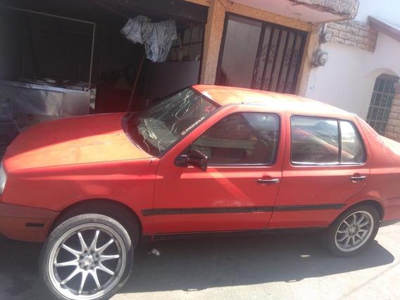 Volkswagen 97 Tiene Detalles Ojo