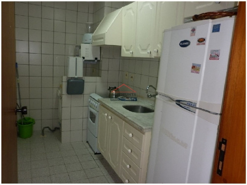 Apartamento En Mansa, 1 Dormitorios *- Ref: 2980