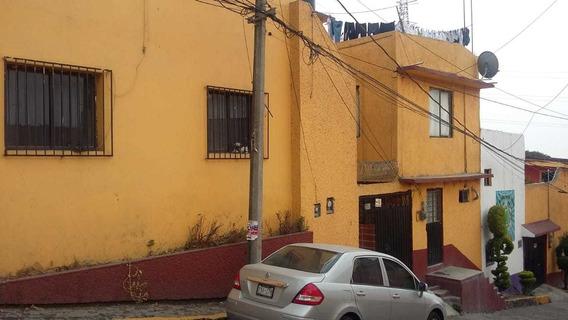 Casa Amplia Desarrollada En 3 Desniveles Entradas Indepentes