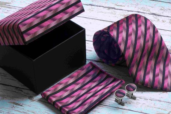 Set De Corbata, Mancuernillas Y Pañuelo Rosa Con Negro