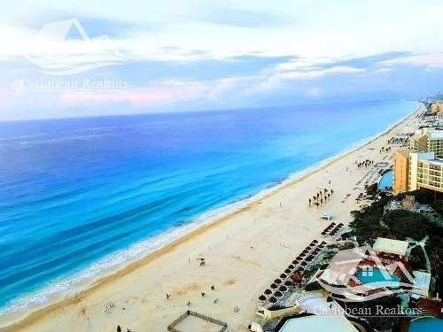 Departamento En Venta En Cancun Zona Hotelera/emerald