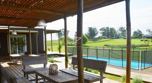 Preciosa Casa Para Disfrutar De Un Buen Descanso - Ref: 961