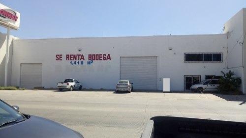 Se Renta Bodega Comercial - Industrial En La Col. Centro.