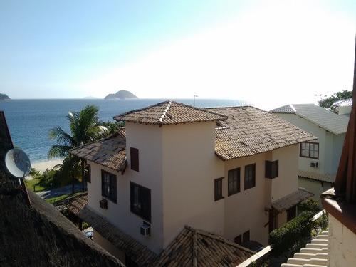 Casa Para Venda Com 3 Quartos E 2 Vagas, Frente Mar Em Camboinhas. - Ca00068 - 33324117