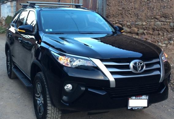 Toyota Fortuner 4x2 Full