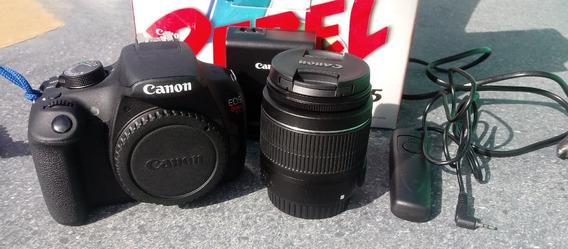 Canon T5 + 18-55mm 700 Clicks