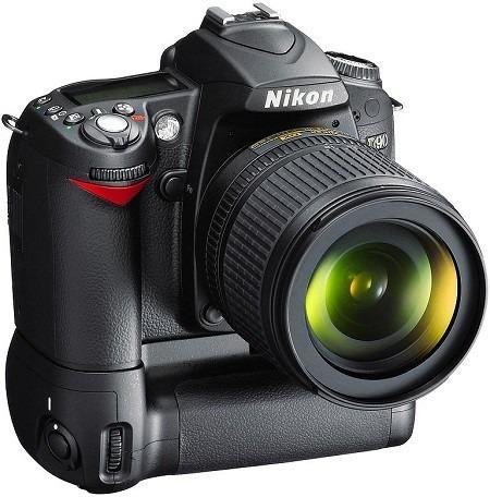 Câmera Nikon, Modelo D90, Com Grip + Alça (só O Corpo)