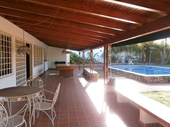 Casas En Venta En Prados Del Este Mls: 20-4406