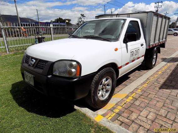Nissan Frontier Estacas 4x2 2.5cc Mt Aa