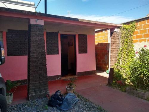 Casa De 2 Dormitorios Cerca Del Hospital Nuevo Ituzaingo1590