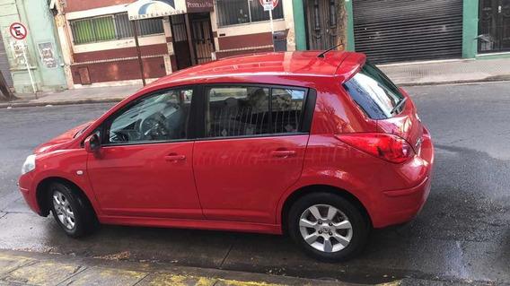 Nissan Tiida 1.8 Visia 2014