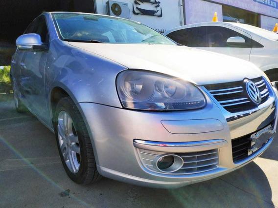 Volkswagen Vento 2.5 Advance