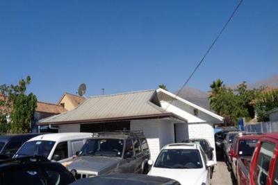 Casa Apta Para Local En Arriendo, Rotonda Atenas